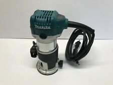 Makita RT0700C Variable Speed Compact Trim Router 1 1/4 Hp, 30,000 RPM