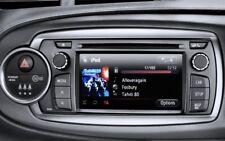 TOYOTA YARIS RADIO CD MULTIMEDIA USB AUX E PREDISPOSIZIONE NAV. ORIGINALE TOYOTA