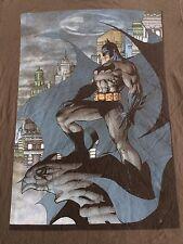 Batman Gotham City Print T Shirt Sz M Tee - Gray - Dark Knight - EUC
