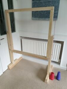 Rug tufting frame 98 cms x 98cms and stand suitable for tufting gun