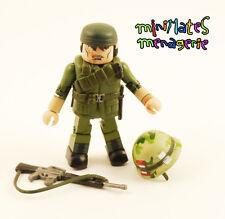 Platoon Minimates Sgt. Bob Barnes (Tom Berenger)