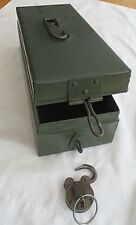 ViINTAGE HEAVY  SAFE CASH BOX WITH WORKING PADLOCK AND KEY & CARRY HANDLE