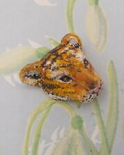 Small TIGER BROOCH Tiger Pin Wildlife Wedding Corsage- HANDMADE HAND PAINTED
