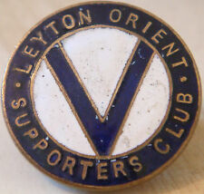 LEYTON ORIENT FC Rare vintage SUPPORTERS CLUB badge Button hole In gilt 26mm Dia
