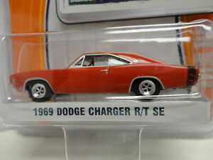 Greenlight 1969 DODGE CHARGER R/T SE Red '69 w/RR Real Rubber Tires GL MUSCLE