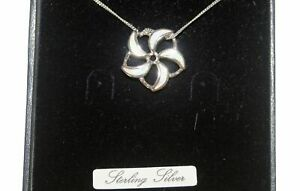 "Sterilng Silver Opal Flower Pendant & 18"" Chain Boxed was £27.00"
