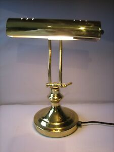 A Very Attractive Brass Desk Lamp of Traditional Design. GWO.