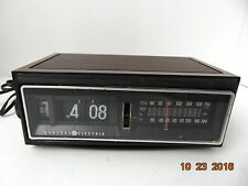 Vintage GE General Electric Flip Number Alarm Clock Radio 7-4300F For parts only