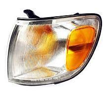98 99 00 Toyota Sienna Cornerlight Left Driver NEW Cornerlamp