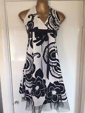 Quiz Size 12 White & Black Cocktail Evening Party Dress