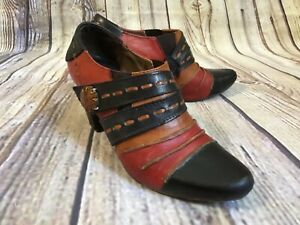 L'Artiste Spring Step Wondrous Black Red Brown Leather Booties Women's Size 5.5