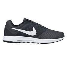 Zapatillas deportivas de hombre Nike color principal negro de goma