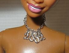 JEWELRY ~ MATTEL BARBIE DOLL FAUX SILVER CHAIN 2002 CHARM NECKLACE FOR DIORAMA