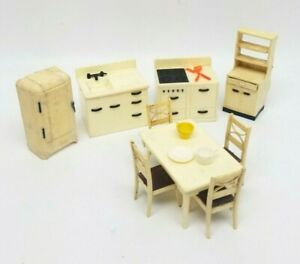 RENWAL Ideal 14 PC Deluxe KITCHEN SET Vintage Dollhouse Furniture Plastic 1:16