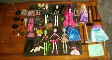 Monster High Dolls Lot + Rapunzel + Doll Stands