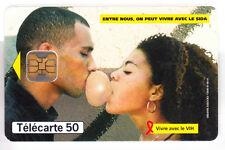DOM-TOM  TELECARTE / PHONECARD  .. ILE GUADELOUPE 50U OB2 COUPLE D8B402267 PUCE