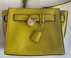 MICHAEL KORS Small Hamilton Messenger Bag in Lime Green/Chartreuse