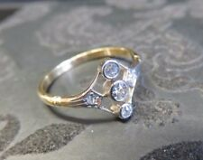 Art Deco 18ct Gold, Platinum & Diamond Ring. Size O