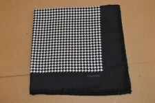 $165 NWOT TOM FORD Black and white puppytooth Men's silk pocket square ITALY