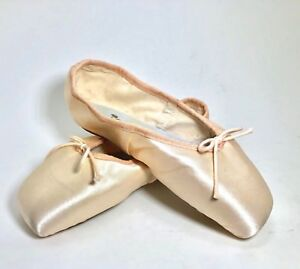 "Repetto ""Wilis"" Asymmetrical Ballet Pointe Shoes, Full Shank, Size 18 MM, NEW"