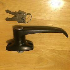 MANIGLIA di bloccaggio L con una serie di chiavi/MANIGLIA PORTA BLOCCO A LEVA