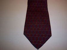 Vintage SAKS FIFTH AVENUE, Pure Silk Tie, Burgundy with classic link motif