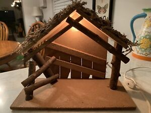 Vintage Wood Creche Nativity Manger Moss Roof Electric Lighted Christmas Italy