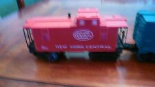 """Lionel #8632 Engine with """"New York Central"""" 4 cars~ Very Good Condition"""