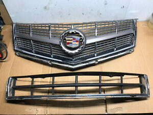 2010-2012 Cadillac SRX Grill Grille With Emblem Lower Grill 10-12