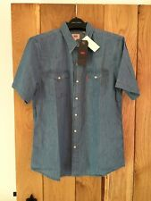 Mens Levis Red Tab Short Sleeve  Cotton Denim Blue Shirt Medium M NEW
