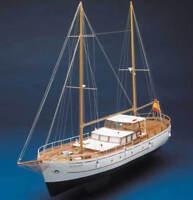 Mantua Bruma Open Cruiser Yacht 1:43 (736) Model Boat Kit