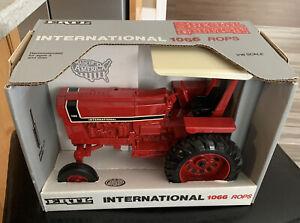International 1066 ROPS IH tractor Ertl 1/16 NIB Box 0531 SP Edition~New