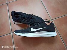 Kinder Nike Sportschuhe Mesh leicht  Gr. 38,5 UK 5 Schwarz neuwertig