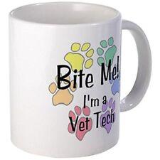 11oz mug - Bite Me I'm A Vet Tech Pawprints