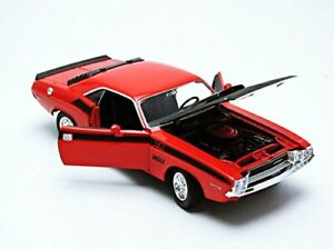 1:24 Scale 1970 Dodge Challenger T/A Red Welly NEX Models Diecast Model Car