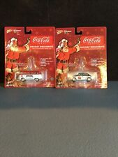 Johnny Lightning Coca Cola Holiday 1965 Volkswagen Samba Bus 1966 Beetle
