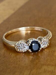 Ladies  Vintage 9ct Gold  Sapphire  & Diamond Trilogy Ring  ~Size O1/2 ~ Lovely!