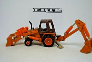 1:64 Detailed ERTL 5506 CASE 580 E EXCAVATOR / BACK-HOE w/ Working Features VGC