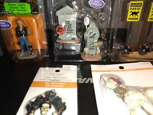 lemax spooky town Lot new free shipping