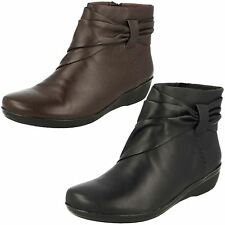 Ladies Clarks Everlay Mandy Leather Zip Up Ankle Boots