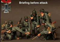 1/35 Scale WWII German Soldiers Briefing WW2 Figures Resin Model Kit (6 Figures)