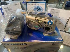 Olympus Stylus 300 Digital 3.2MP Digital Camera Complete Bundle 225370 JL