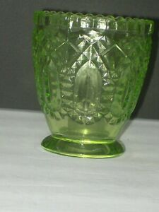 LIME GREEN FOOTED PRESSED GLASS VASE DOES NOT GLOW UNDER BLACK LIGHT