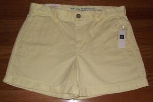 NWT Womens Khakis by GAP Girlfriend 4 Inch Short Cuffed Hem Shorts Yellow *7A
