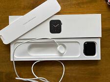 Apple Watch SE 44mm Space Gray Aluminum Case
