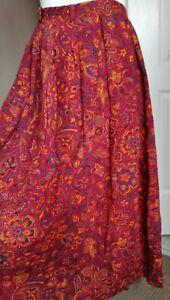 Gorgeous Daks Vintage Skirt Size 16 Burgundy Floral Paisley Print 100% Wool Midi
