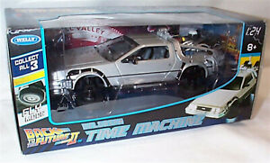 """DeLorean Back to the Future 2 """"Fly Mode"""" - 1:24 Diecast Model Car 22441FV new"""