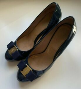 Salvatore Ferragamo Bow Pump High Heels Gloss Oxford Blue Size 6 Leather Shoes