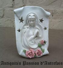 B20150854 - Objets religieux : Vierge , photophore en biscuit de porcelaine