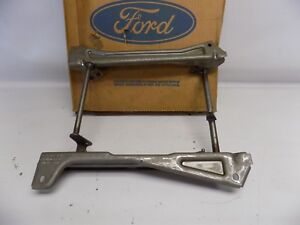 New OEM 1991-1994 Ford Tempo Seat Track Assembly E5LY-6361644-A